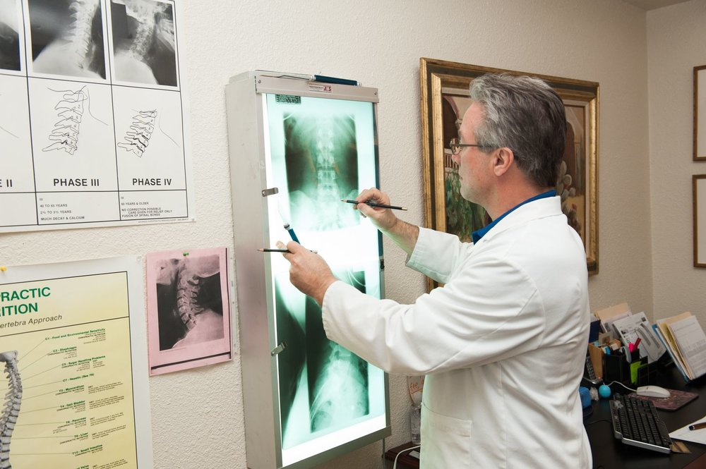 Dr Plaut Reading Xrays.jpg