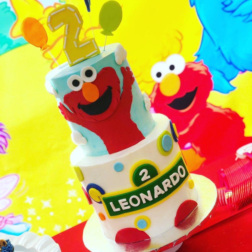 Sesame Street Birthday Cake - Elmo Birthday Cake - MWOKAJI CAKERY.JPG