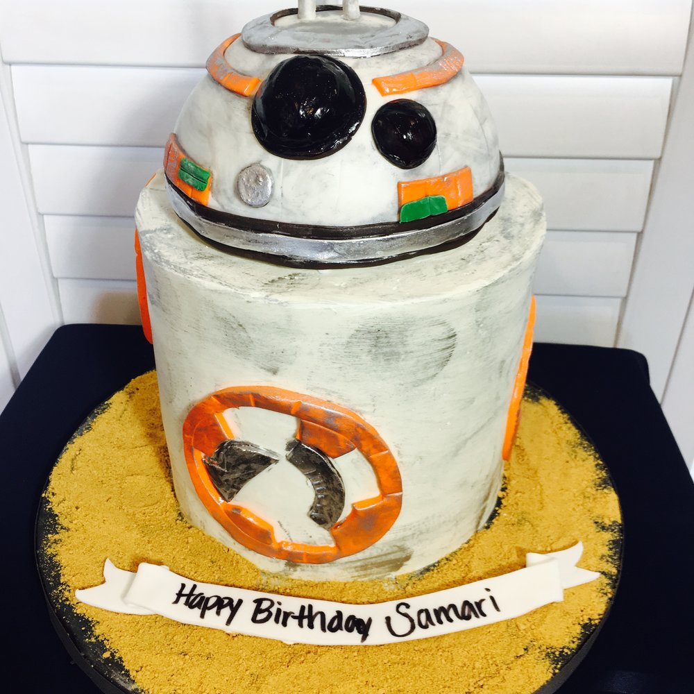 BB8 Star Wars Birthday Cake - Mwokaji Cakery.jpg
