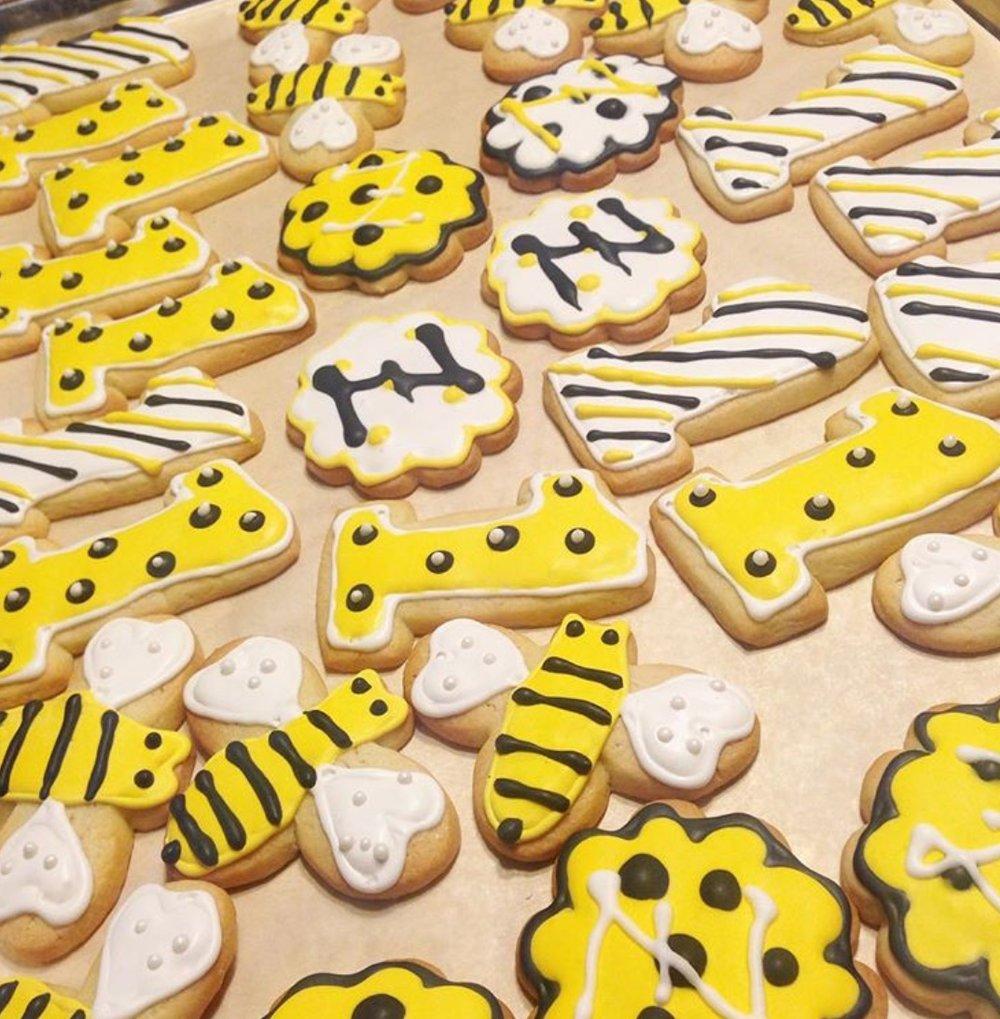 Bumble Bee Sugar Cookies.jpg