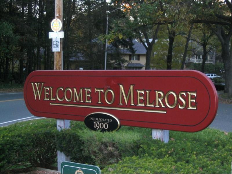 Melrose Sign.jpg