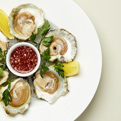 Rex Whistler-Wine-confidante-review-oysters.jpg