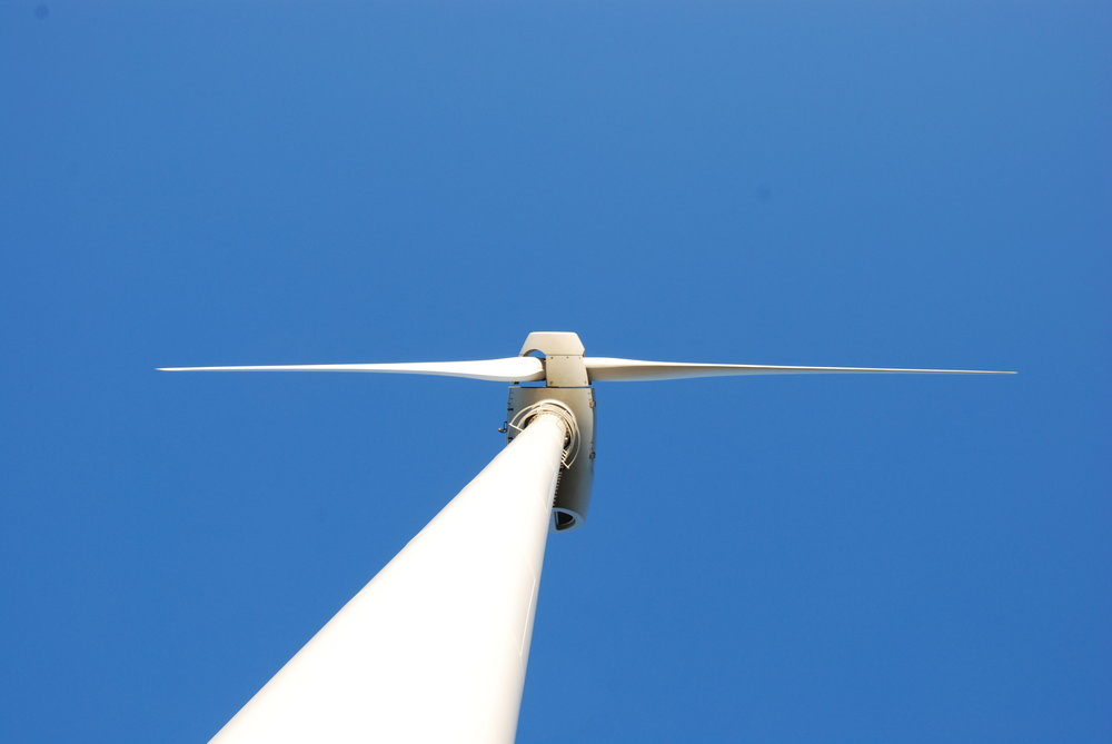 Your choice for the development of small wind turbines   From 1kW to 100kW and more.    EUNICE EW16 turbine