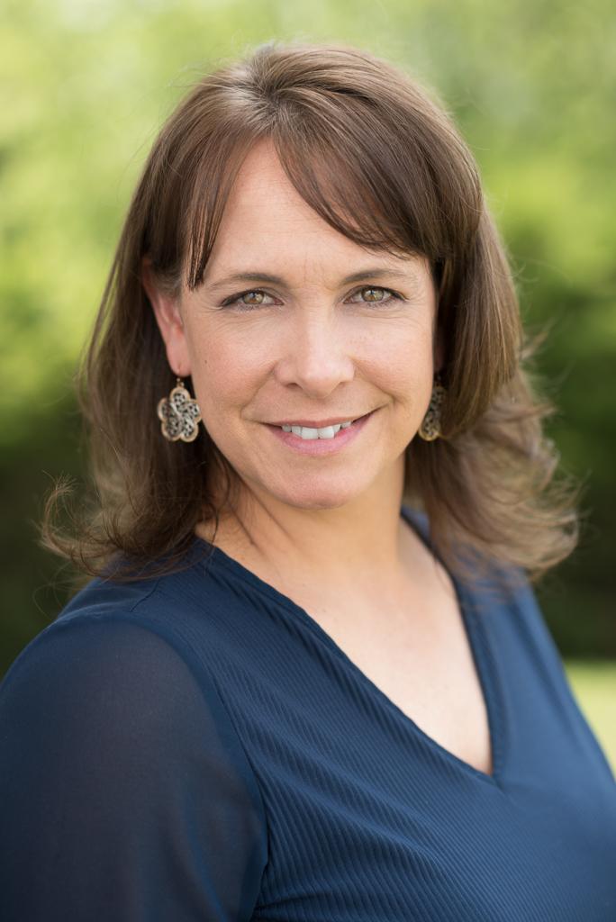 Shoulder expert, Stefanie Wren, PT, DPT.