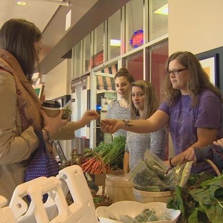 unb-gets-farmers-market-on-campus.jpg
