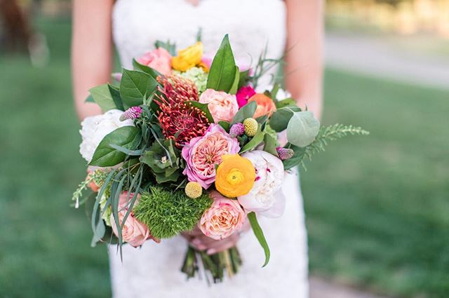 This summer has been amazing for us so far and we can't believe we are almost in AUGUST! Speaking of summer, look at all these beautiful summer colors popping from this bouquet! 😍 What is this most exciting thing you have done this summer?! | 📷 @nicoleadelephotography | 💐 @blackcreekflowers | #summerday #weddingflowers #bridalbouquet . . .  #richmondwedding #Richmondweddings #RVAwedding #Richmondweddingplanner #RVAweddingplanner #wedding #southernwedding #Virginiawedding #Virginiaweddingplanner #vawedding #vaweddingplanner