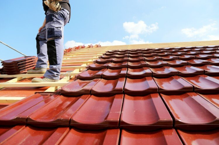 5 TIPS TO CHOOSING THE RIGHT ROOFING CONTRACTOR — Interior Design Toronto