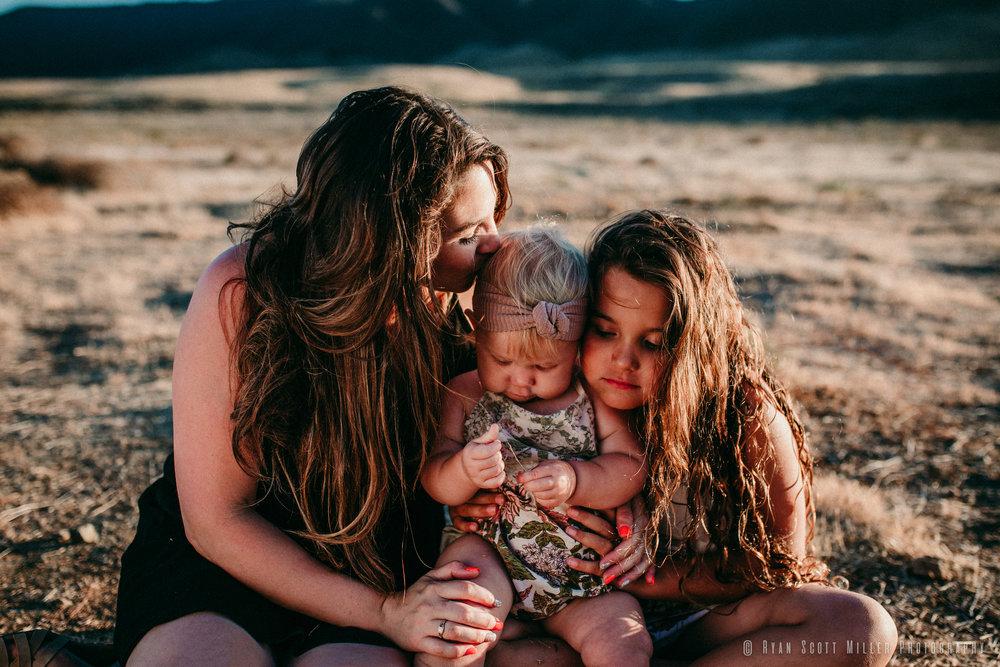 2018-06-24 Kelsey, Emma & Everly-15.jpg