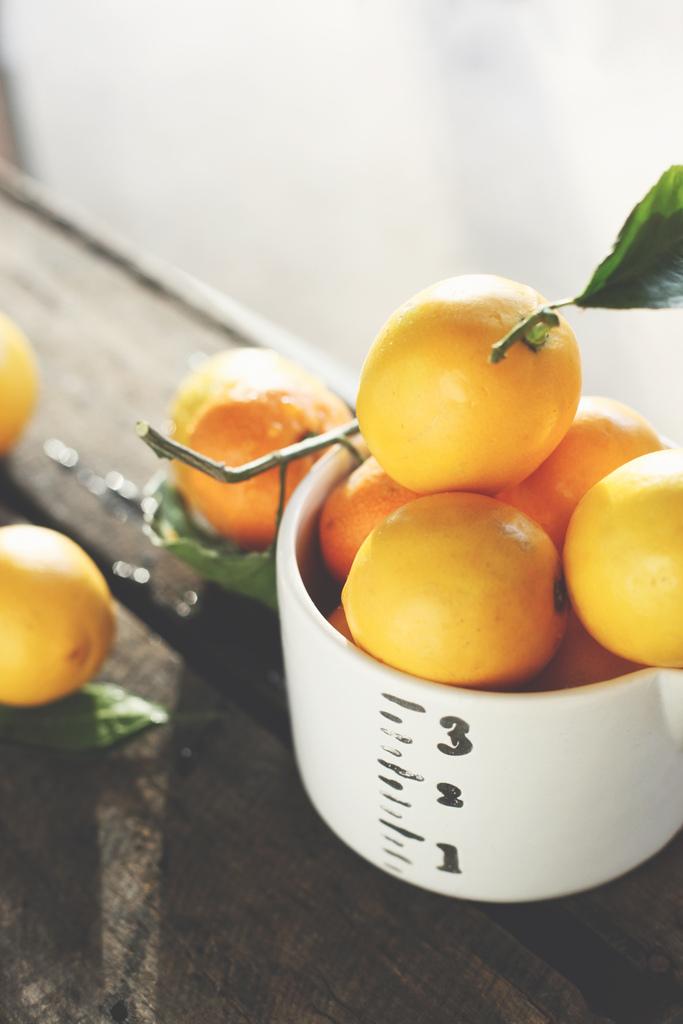 lemons by honey and jam