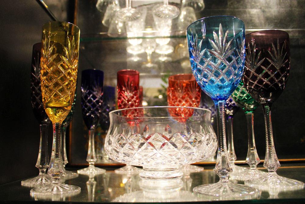 Set of 5 Faberge Odessa Flute Champagne Glasses, Set of 5 Faberge Odessa Wine Glasses & Lismore Waterford Crystal Bowl