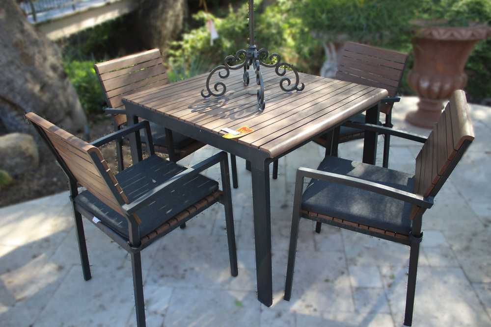 Crate & Barrel Cafe Table with 4 Chairs