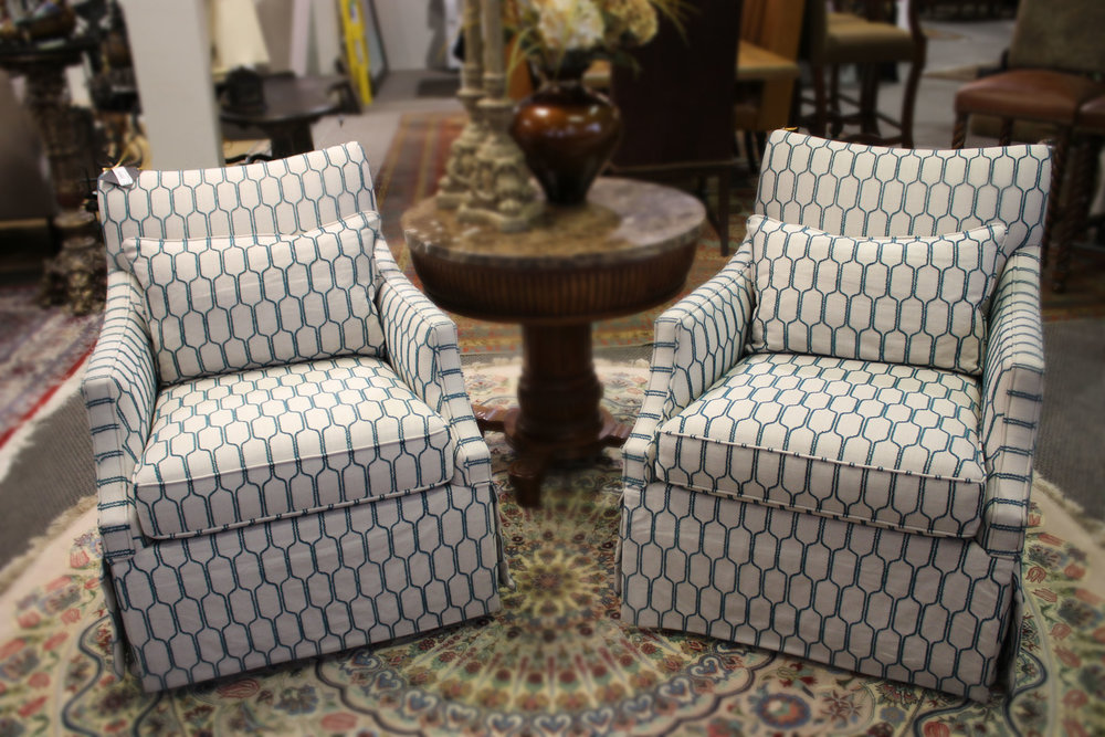 Hooker Set of 4 Pair of Contemporary White & Teal Chairs
