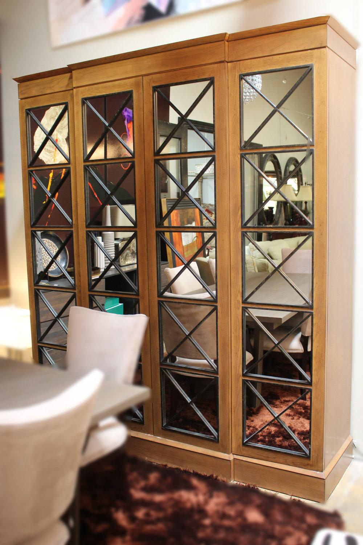 4 Door Mirrored Cabinet