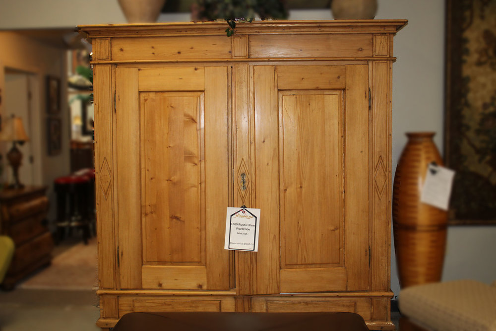 1800 Rustic Pine Wardrobe
