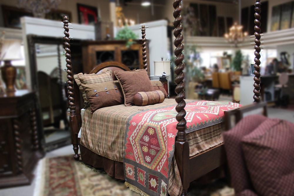Eddie Bauer Barley Twist Queen Bed