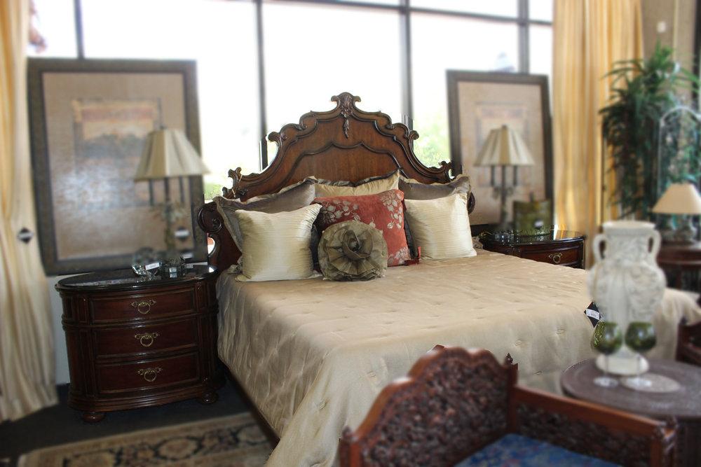 Bernhardt King Carved Bed 2 Marble Top Nightstands