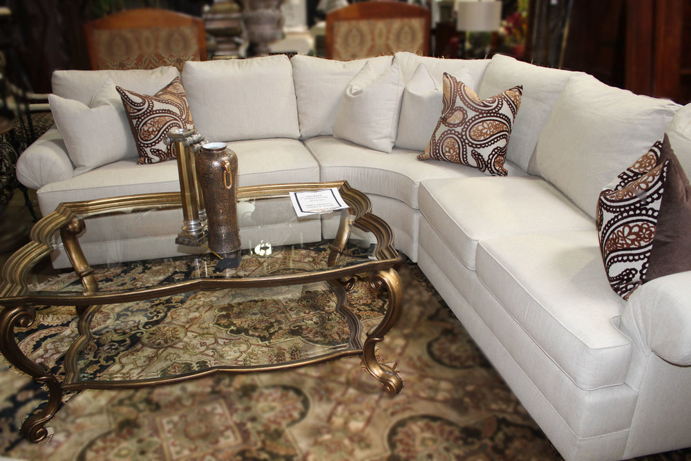 Henredon 3 Piece Oatmeal Curved Sectional