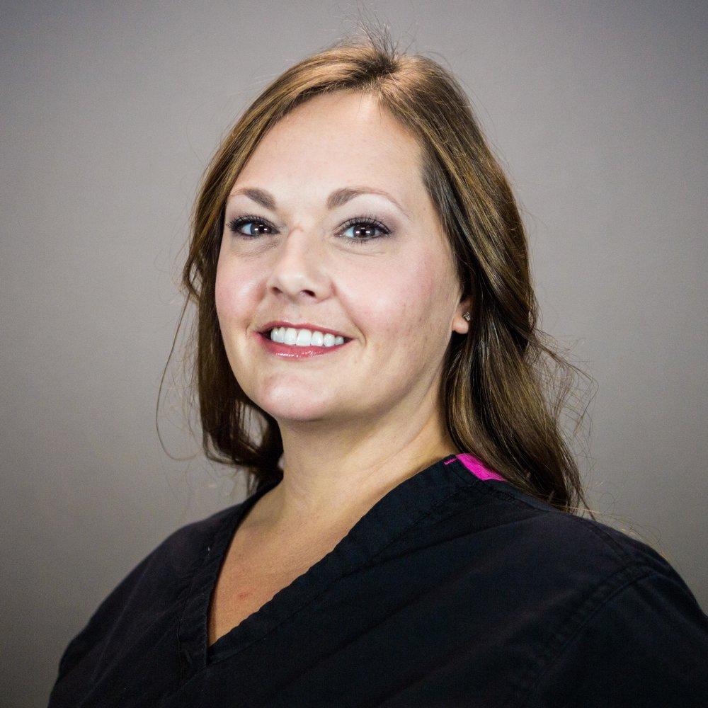 Lanora, Dental Hygienist