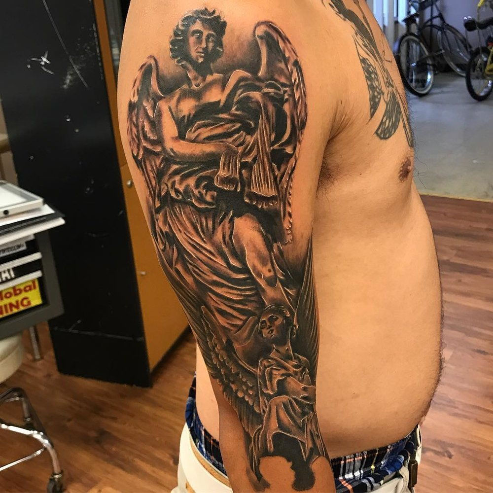 tattoosby_nash_22277666_1902240799791987_2174688297270378496_n.jpg