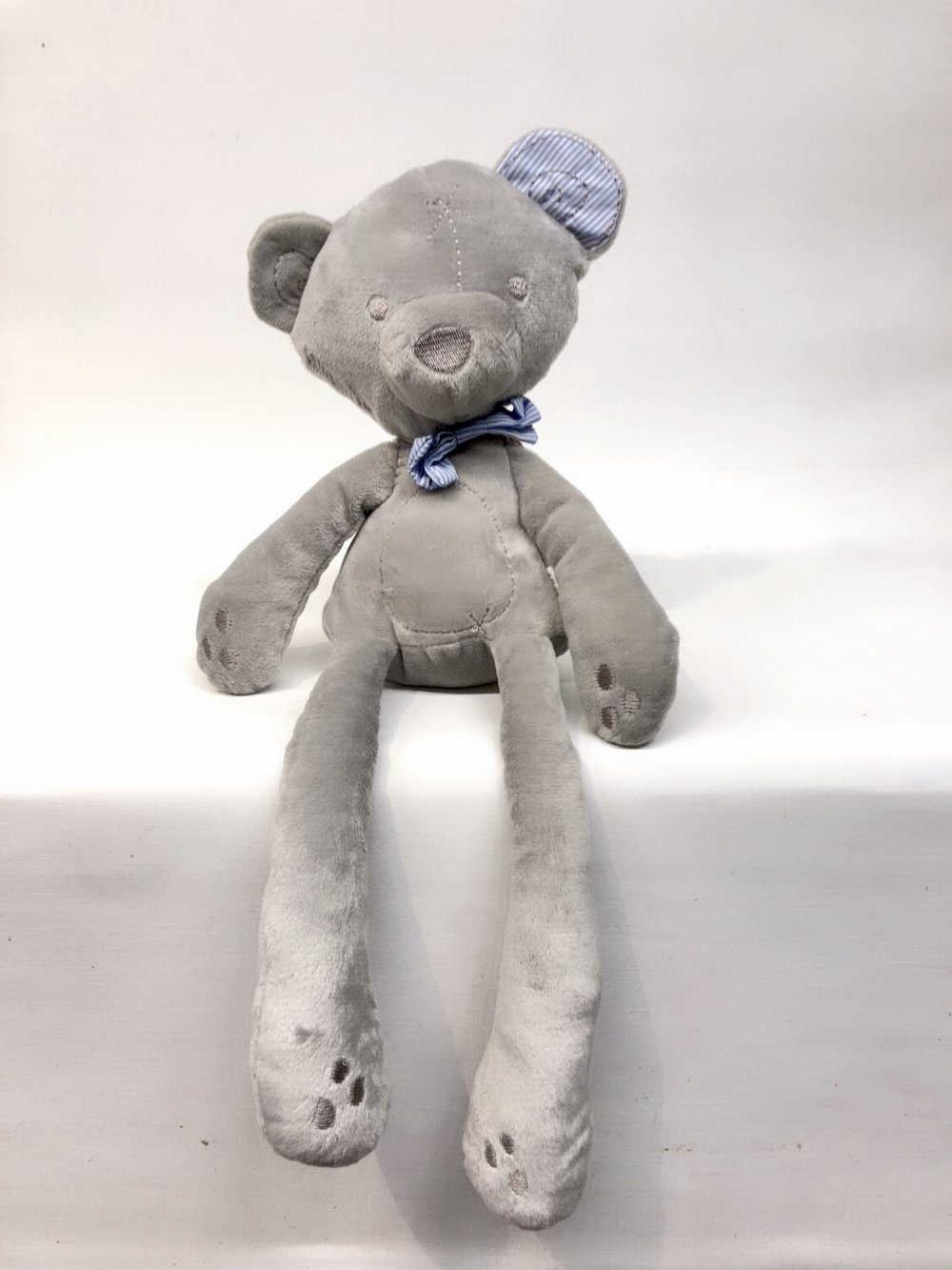 Gray Slim Bear -