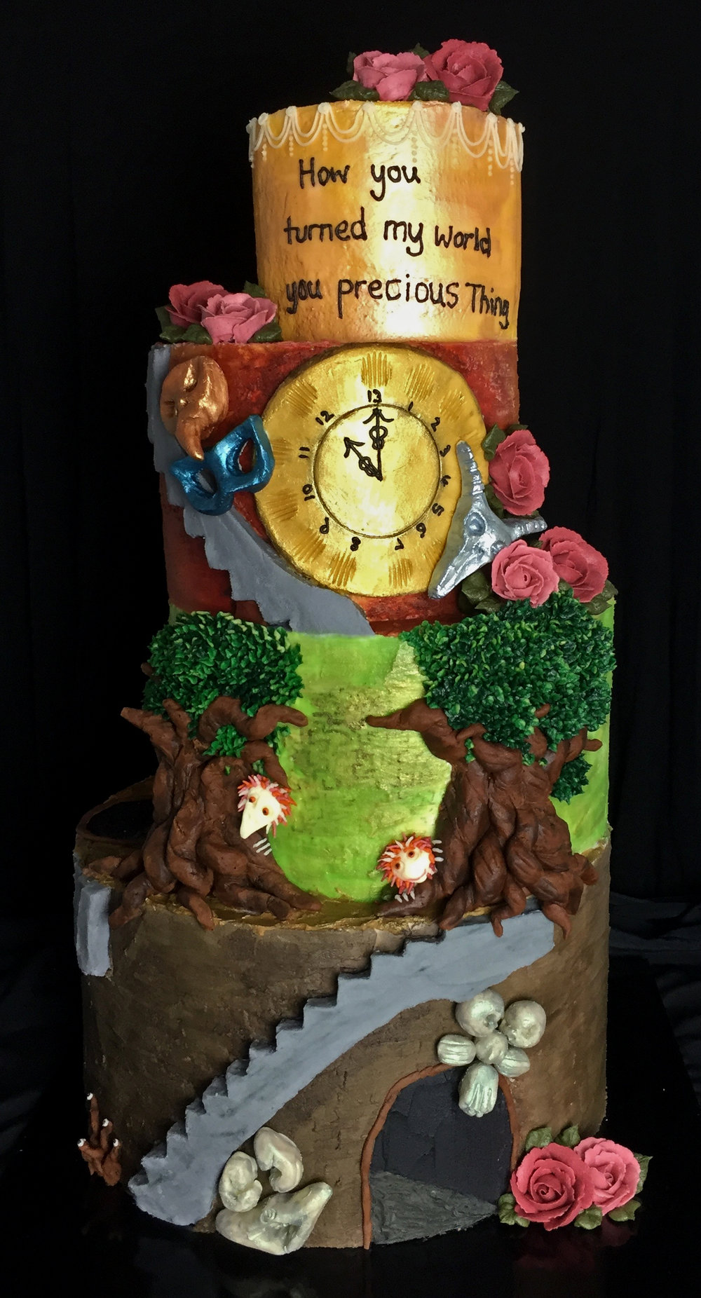 Labyrinth-Mural-Cake-1.png