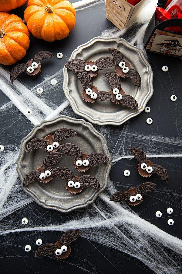 4-ingredient-Bat-Halloween-Treats.jpg