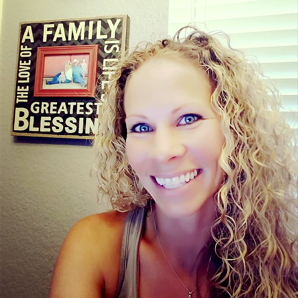 Shannon Profile Picture.jpg
