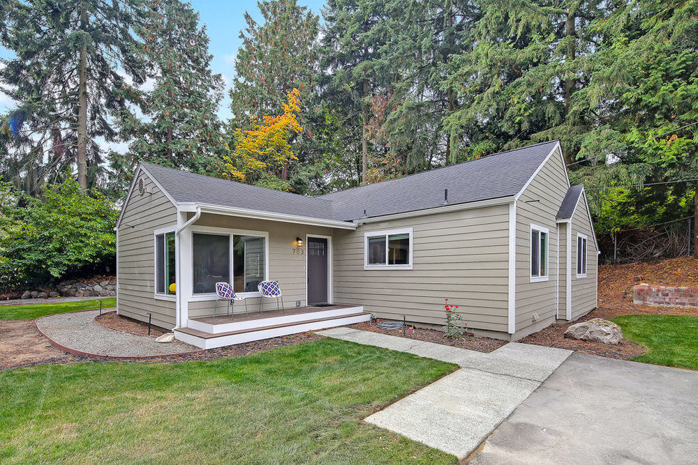 Listing: 703 S 116th St, Seattle | List Price: $460,000 | Sold Price: $479,500