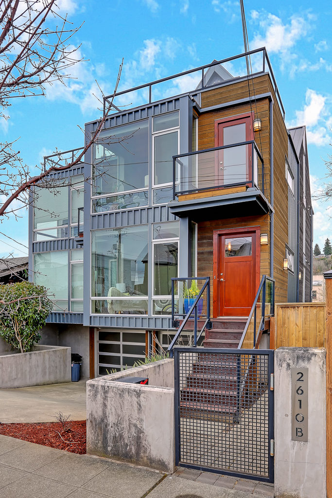Listing: 2610 Marine Ave SW #B, Seattle | List Price: $900,000 | Sold Price: $900,000
