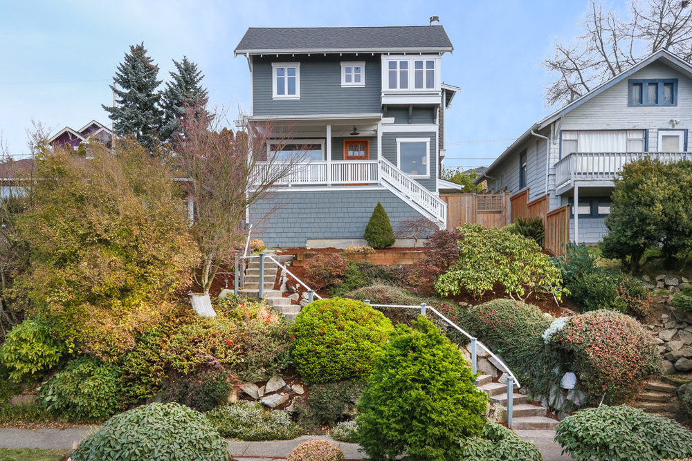 Listing: 4540 47th Ave SW, Seattle | List Price: $900,000 | Sold Price: $936,500