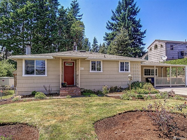 Buying: 16411 11th Ave SW, Burien | List Price: $509,000 | Sold Price: $510,000
