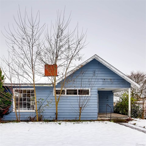 Listing: 6337 38th Ave SW, Seattle | List Price: $380,000 | Sold Price: $470,000