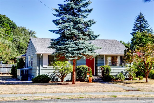 Buying: 3108 SW Thistle St, Seattle | List Price: $400,000 | Sold Price: $436,000