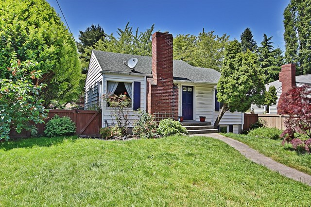 Buying: 8471 35th Ave SW, Seattle | List Price: $325,000 | Sold Price: $325,000