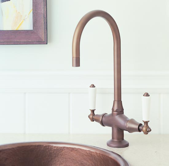 Coco bronze bar faucet