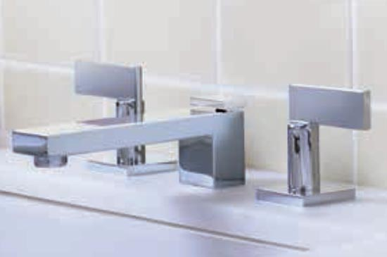 Polished chrome lavatory faucet