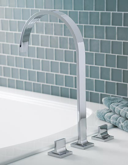 Polished chrome Roman tub faucet