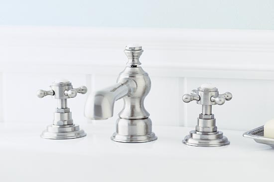 Satin chrome lavatory faucet