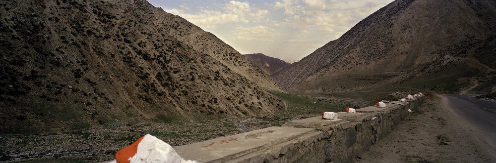 ROAD TO KABUL, AFGHANISTAN  2004