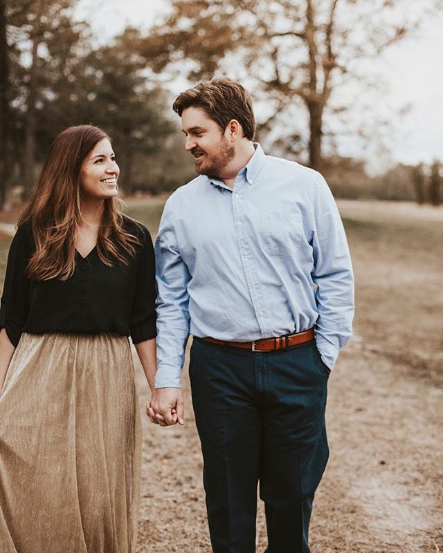 So — I took about a week or so off of posting due to just being busy with Thanksgiving and work but.. I'm back for good because we've got lots to talk about! 💫 This past week I had an engagement session with these cuties. It was so dark and stormy outside but we made it work // more to come from that! Next weekend I've got *Mountain Mini Sessions* in Asheville and I've got TWO MORE spots open! DM me if you wanna snag one up. 🌄 Lastly, I've had multiple inquiries in the last day or two about doing local minis so I will be offering those too— I'll drop the date and time slots tomorrow so keep an eye out if you're wanting one of those!✨ • • • • • • • • • #ADPweddings #ADPhotography #authenticlovemagazine #engagementphotographer #adventurealways #ncphotographer #raleighweddingphotographer #weddingdress #ADPbride  #raleighphotographer #raleighweddingphotographer #ncweddingphotographer #wilmingtonphotographer #annigrahampresets #ncwedding #belovedstories #ashevilleweddingphotographer #ashevilleweddings  #raleighweddings