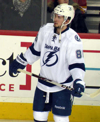 https://commons.wikimedia.org/wiki/File:Nikita_Kucherov_140103.png