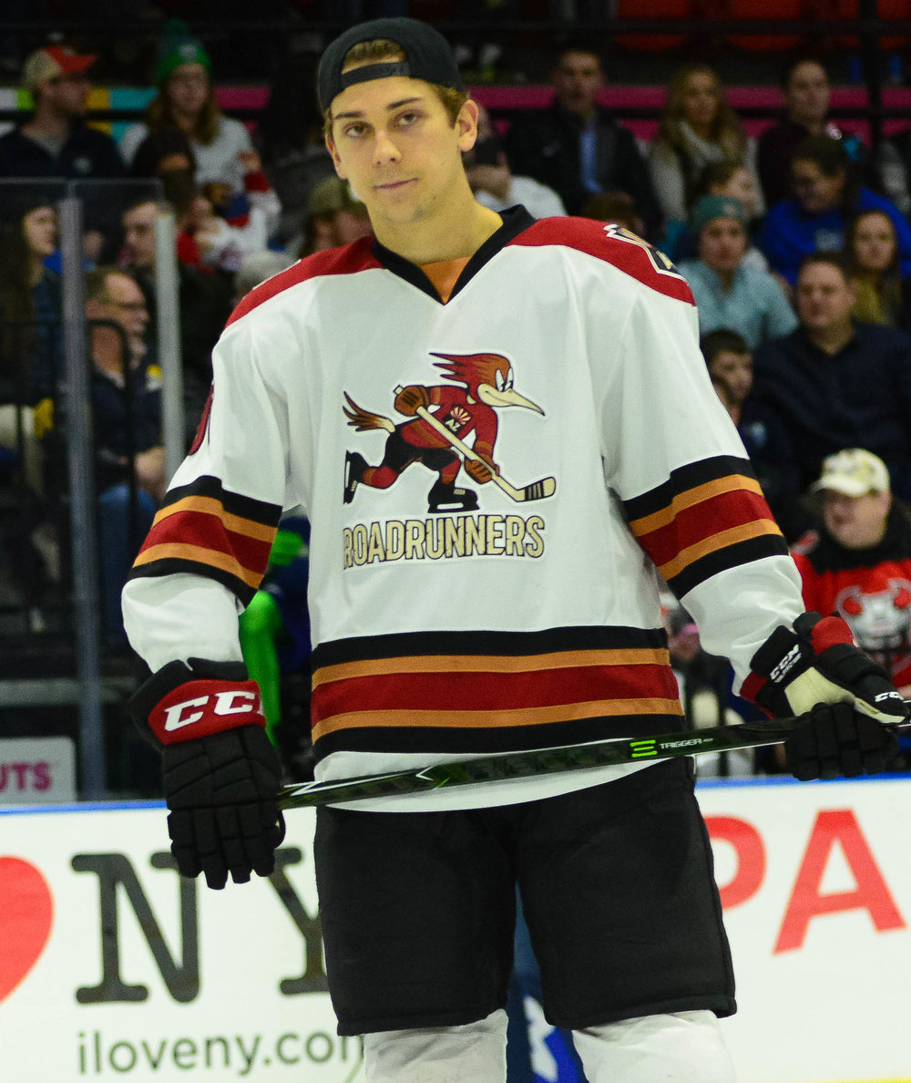 https://commons.wikimedia.org/wiki/File:Dylan_Strome_(39060871585)_(cropped1).jpg