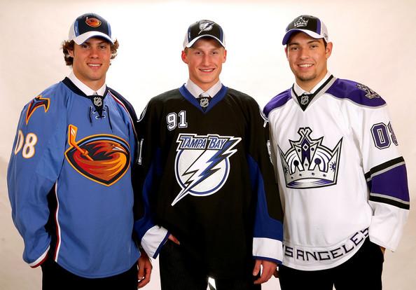 http://www.zimbio.com/photos/Zach+Bogosian/Steven+Stamkos/NHL+Entry+Draft+Portraits/OglC_R2F_UW