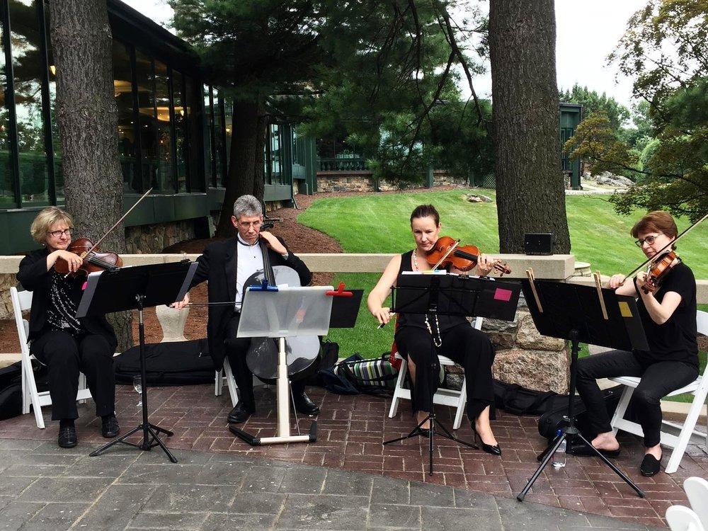 stolen-moments-ceremony-cocktail-music-quartet-44.jpg