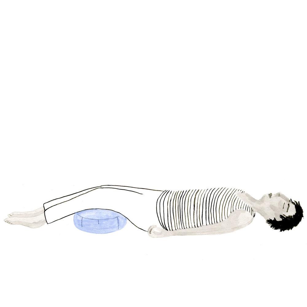 Restorative cushion under knees