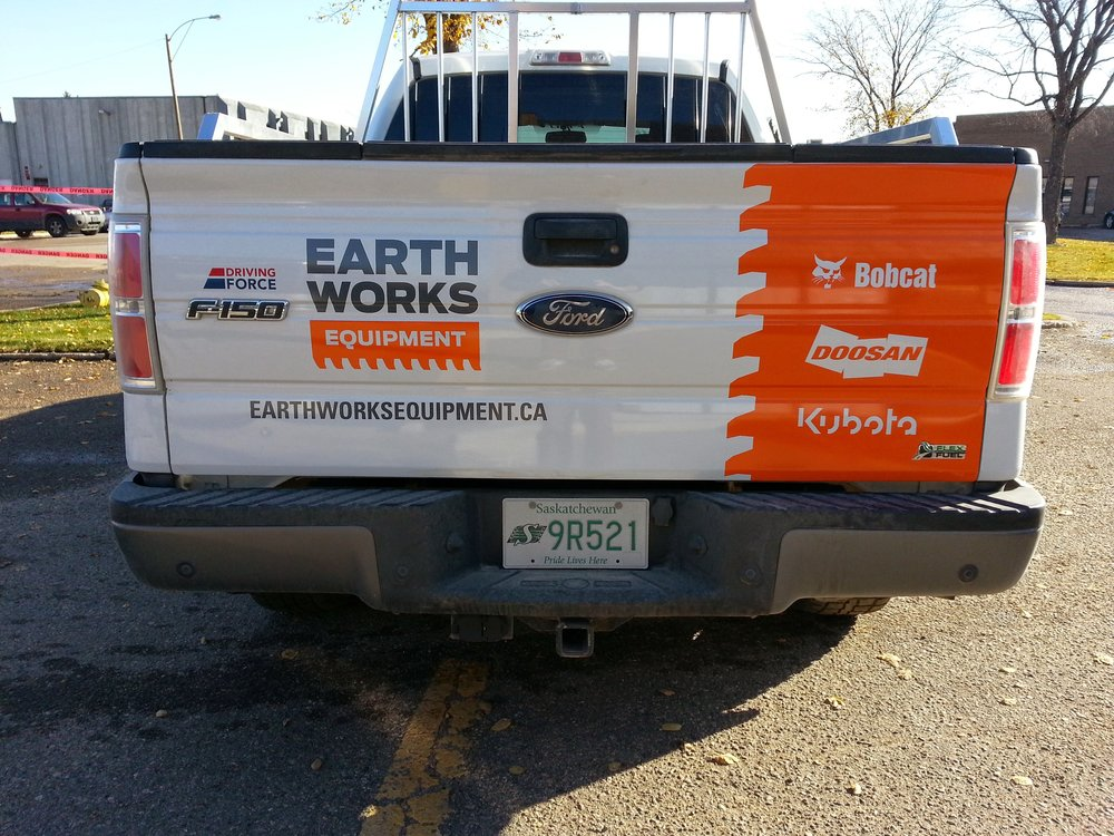Earth Works Equipment, Saskatoon