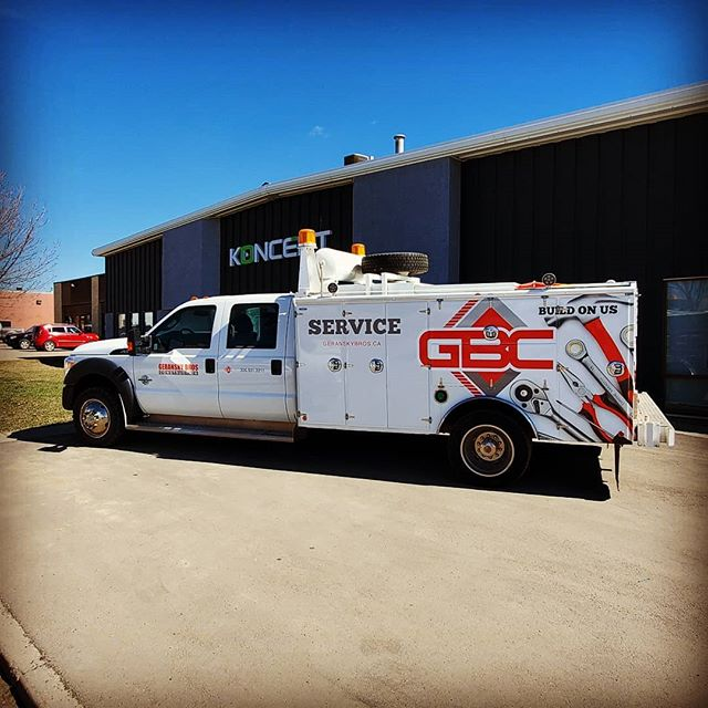 day or night, give your brand the attention it deserves. ---- Wrapped up another member of this eye catching fleet #yxesigns #yxe #fleetwraps #GBC