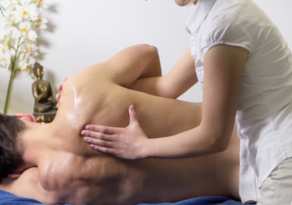 Natural Solutions for Shoulder Pain in the Chiropractic Practice