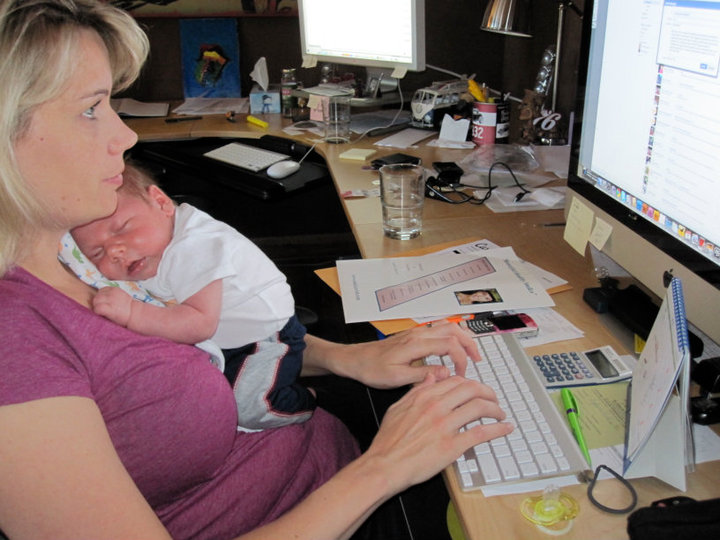 August 2010. Working my network marketing business with my 4 1/2 week old baby Ryan.