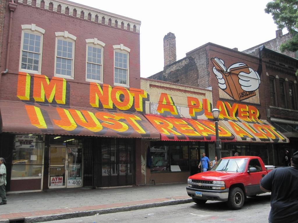 Downtown - Street Art - The City Dweller (7)
